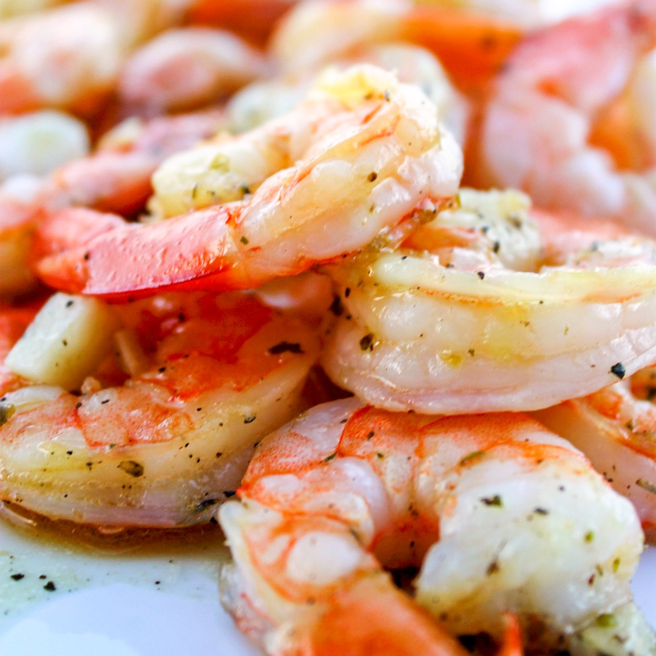 garlic butter shrimp bowl